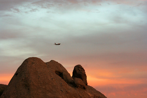 Viewing Plane from Papago Park by Juli Kearns (Idyllopus)
