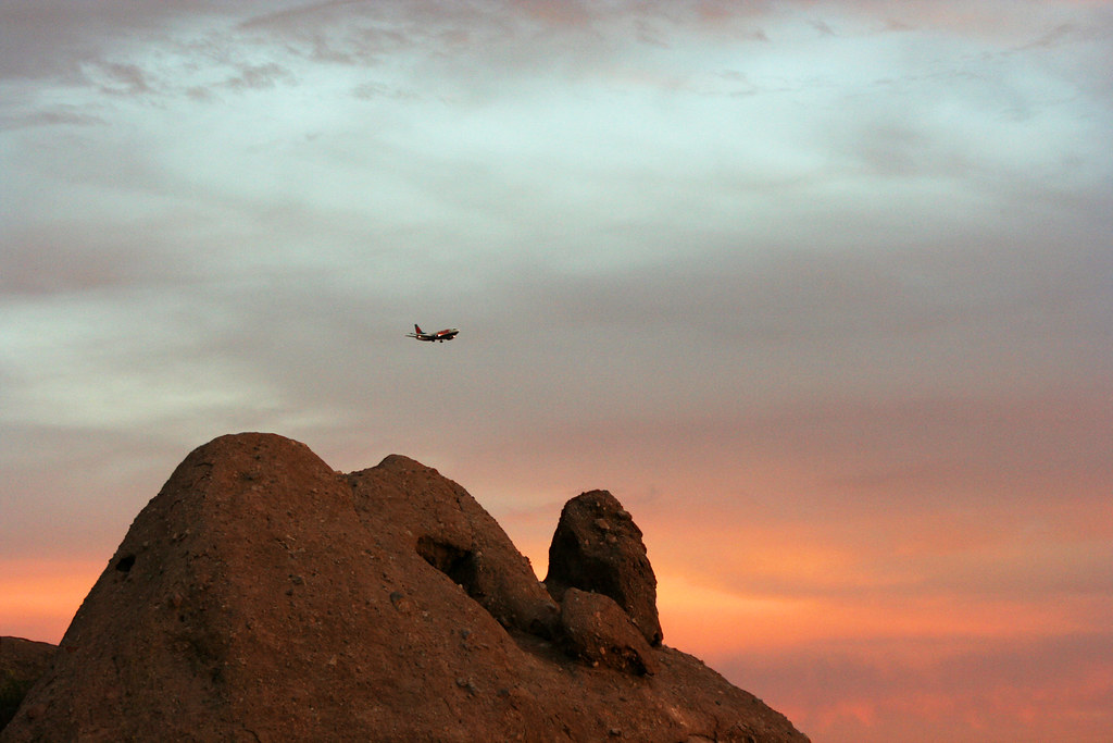 Viewing Plane from Papago Park
