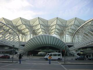 2002-10-26 11-15 Andalusien, Lissabon 286 Lissabon, Expo Oriente Bahnhof