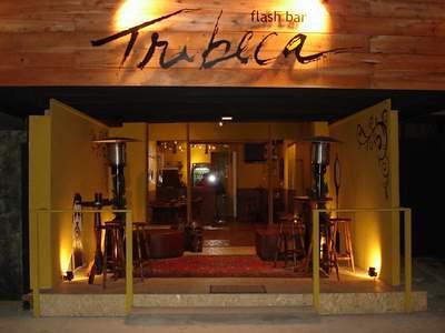 Tribeca flash bar fachada explore arquiteto marcelo - Fachadas de bares modernos ...