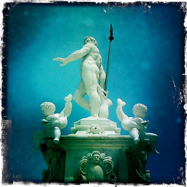 Neptune & Cherubs