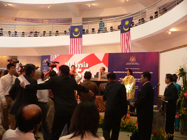 Malaysia@50 Book Launch Ceremony (5)
