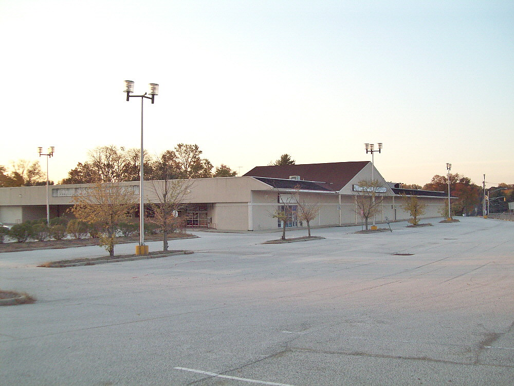 Former Discount Store Ellisburg