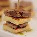 Espetinho de queijo com mignon by Lis Borcath Fotógrafa