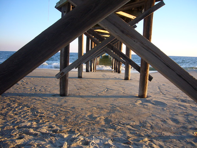 Pier at holden beach flickr photo sharing for Holden beach fishing pier