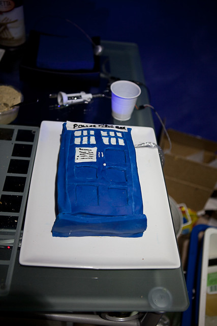 Large Tardis Cake Pan