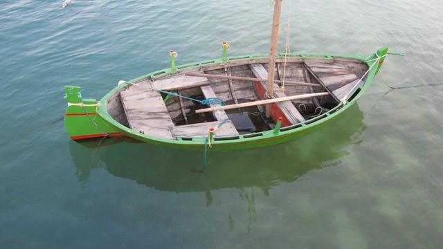 One man fishing boat flickr photo sharing for 1 man fishing boat