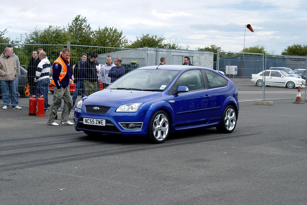 Focus St 0 60 >> Ford Focus St Doing The 0 60 At The Rsoc Day At Croft 200