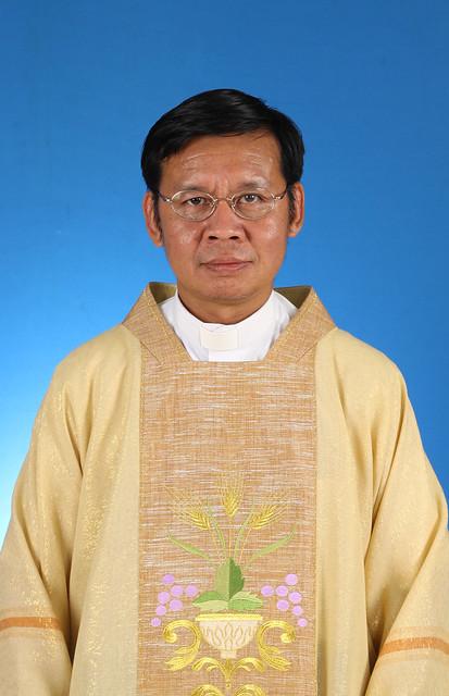 บาดหลวง เอมมานูแอล อนุพงศ์ ดำรงอุษาศีล – Rev. Anuphong Damrongusasil