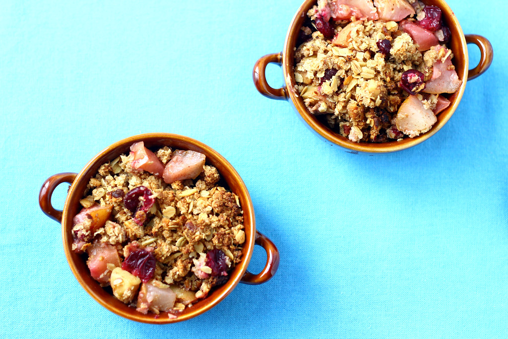 Apple, Pear and Cranberry Crisp