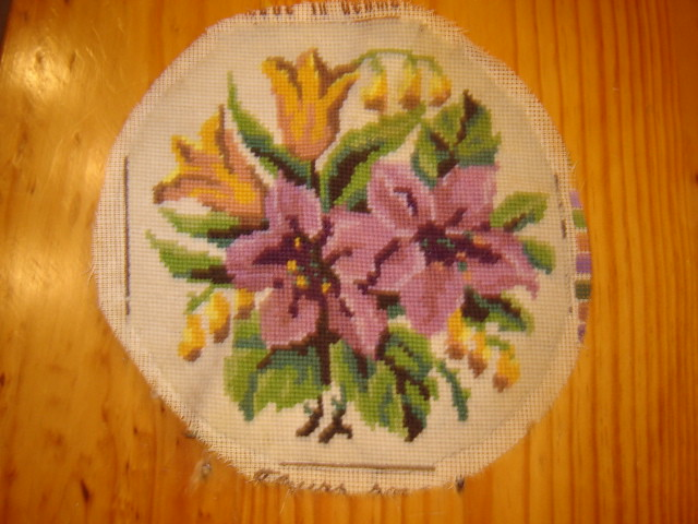 petit point flowers