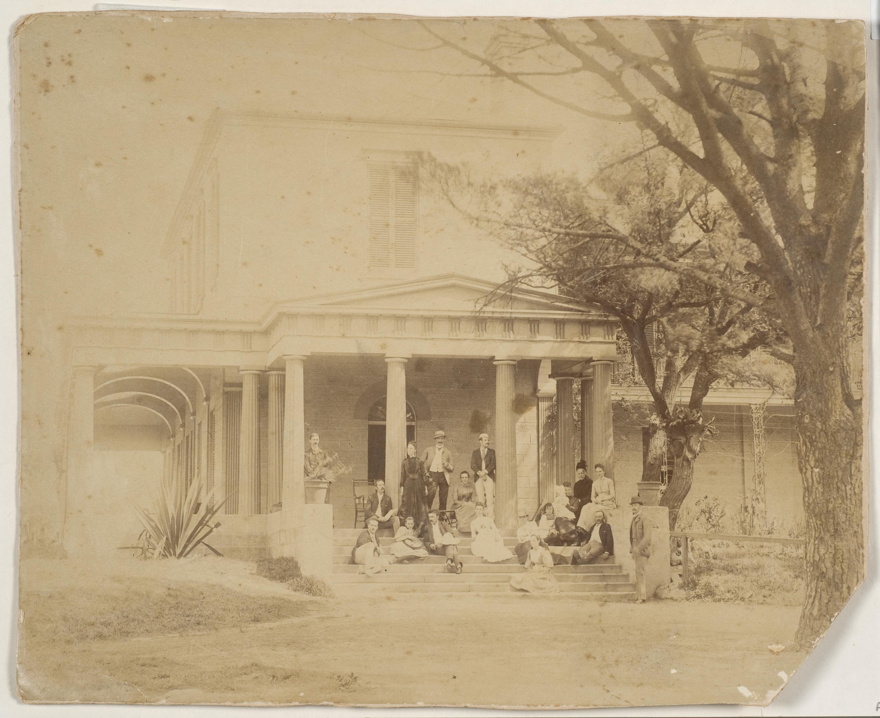 Pechey family, Craigend, Darlinghurst, ca. 1882-1885 / photographer unkown
