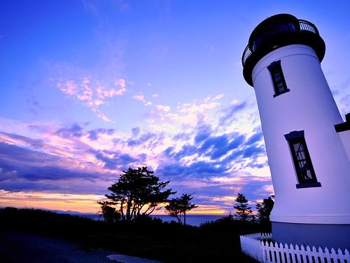 sunset sea beautiful pugetsound lighttower whidbey admiraltylighthouse