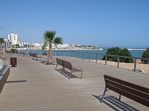 ocean water bench marlis1 lampollaspainespaña