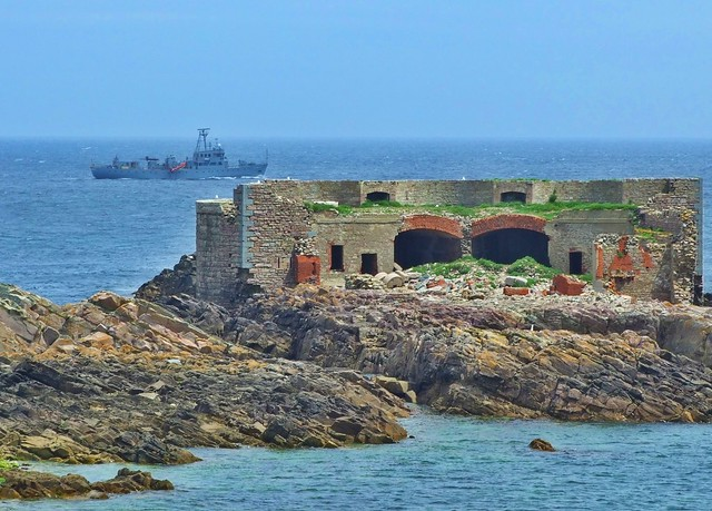 OId and New - War technology - Alderney