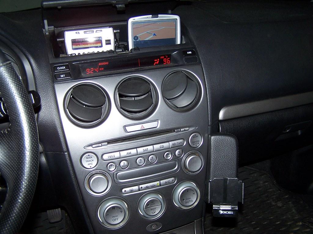 tomtom iphone car mount car mount asphalt 6 iphone torrent. Black Bedroom Furniture Sets. Home Design Ideas