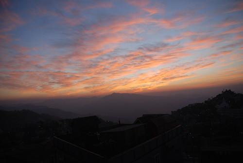 sunset ner aizawl goldensky mizoram sooc khatla tuikhuahtlangview