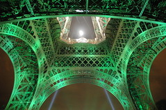 Tour Eiffel, green lights for Rugby World Cup 2007