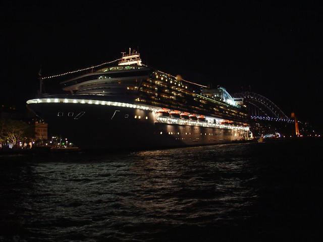 Cruise Ship Sydney  Night  Diamond Princess  By