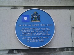 Photo of William Henry Bragg blue plaque
