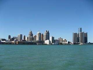 Sparkling Riverfront