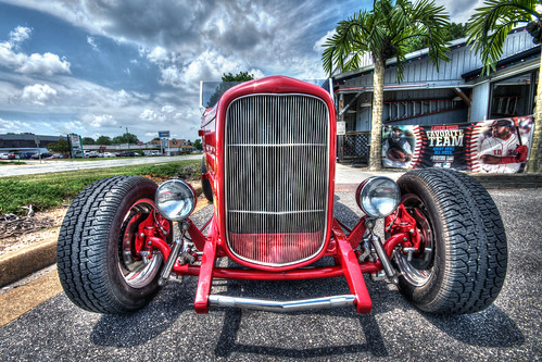 road travel red sky people hot tourism car wheel outdoors photography nikon vintagecar shiny driving view angle no low sigma tire chrome journey hotrod vehicle customized rod motor collectors past viewpoint rider hubcap hdr streetrod oldfashioned candyapple cherryred modetransport bybilldickinsonskynoircom