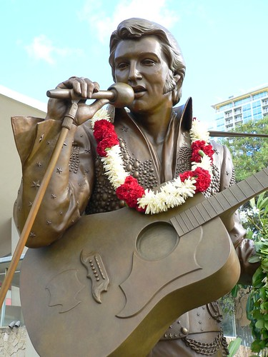 Elvis Statue in Hawaii