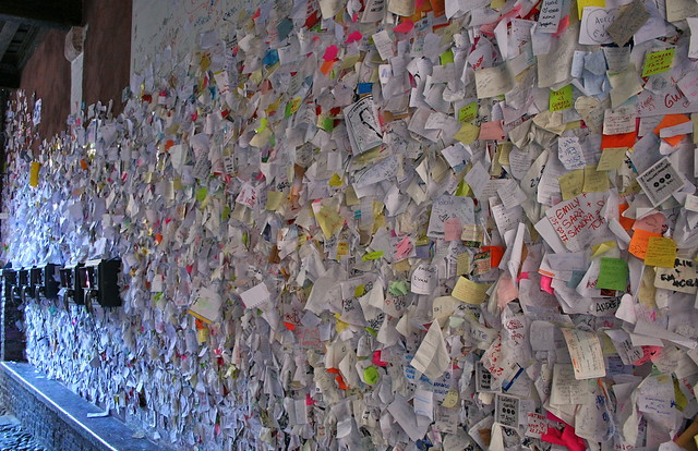 Verona Love Letters On The Wall To Juliets Place