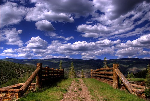wood bridge blue trees sky mountains clouds skyscape landscape hotel log bravo colorado searchthebest footbridge path rustic bridges pedestrian resort beavercreek ritzcarlton skier hdr bridging bachelorgulch photomatix bridgepixing specland bridgepix aplusphoto whrrz