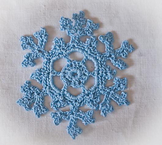 Crochet Snowflake : 5136708285_5a01ed2c2f_z.jpg