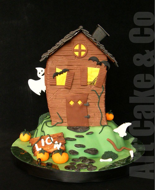Fine Haunted House I Had Fun Again Doing This Boy Birthday Cake Flickr Personalised Birthday Cards Epsylily Jamesorg