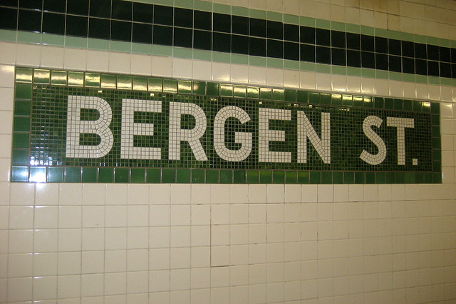 NYC - Brooklyn - Boerum Hill - Bergen Street subway station