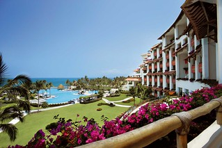 Velas Nayarit Oceanfront Resort