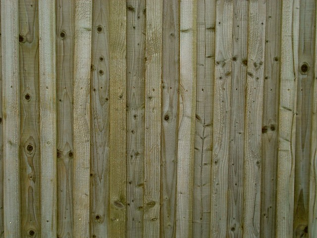 Eastern White Cedar Fence - Solid Wood Fence Shaped Panels