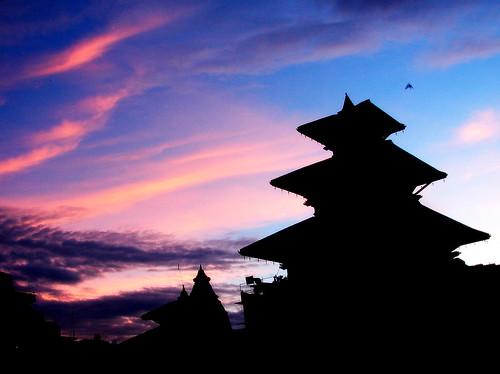nepal sunset heritage silhouette birdie evening dating temples kathmandu h2 hangout newroad durbarsquare basantapur sonydsch2 sonycybershotdsch2 templesilhouette datingspot fr2fb
