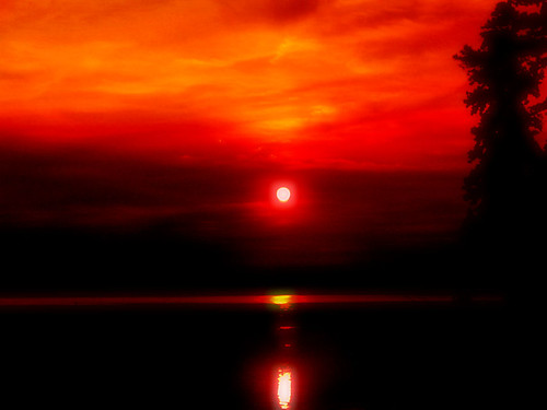 sunset shadow red sky sun lake black blur reflection water clouds nc haze glow north raleigh carolina crabtree chrysti jalalspagesmasterpiecealbum platinumheartaward theperfectphotographer