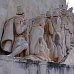Gambar dari Monument to the Discoveries dekat Algés. monument mosaic tagusriver henrythenavigator ageofdiscovery ageofexploration lisbonportugallisboaregiongrandelisboa