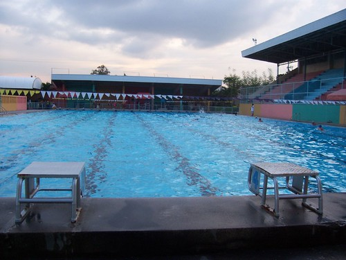 Here s to healthier cebuanos my cebu photo blog - Abellana sports complex swimming pool ...