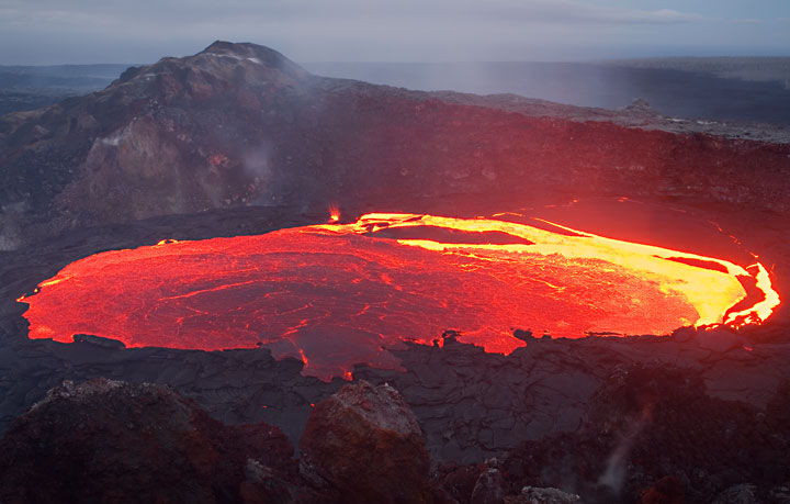 Lava lake inside Kilauea volcano, Hawaii