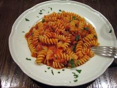 spaghetti(0.0), produce(0.0), fusilli(1.0), pasta(1.0), food(1.0), dish(1.0), rotini(1.0), cuisine(1.0),