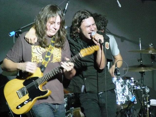 Quique González & La Aristocracia Del Barrio (con Jason Mraz), en el Espazio BBK Live, el 27 de Junio de 2007.