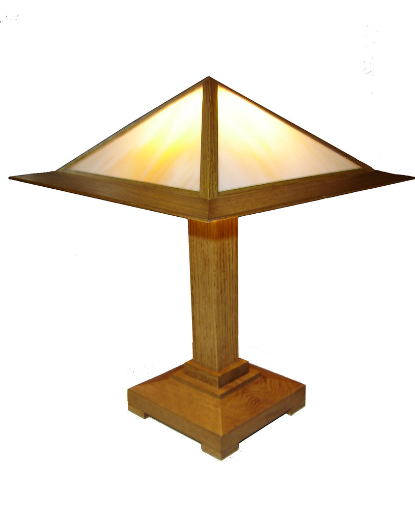 Prairie Table Lamp  in Golden Oak