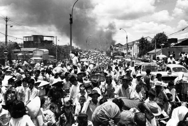 Một Lịch Sử Đau Thương Của Thành Phố Sài Gòn Năm 1968 - Page 2 5162647221_08a337d159_z