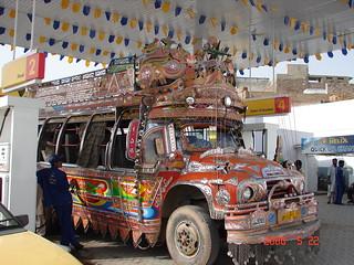 1155 - Autobus au Shell