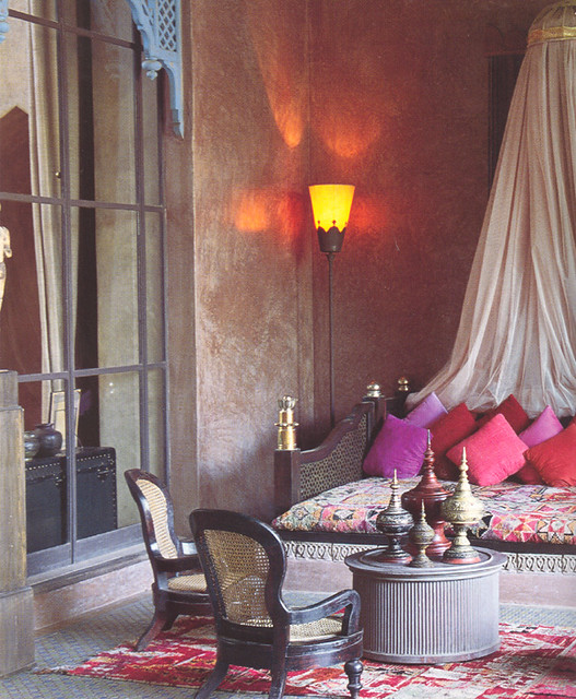 Moroccan Bedroom Decorating Ideas: Moroccan-style Living Room
