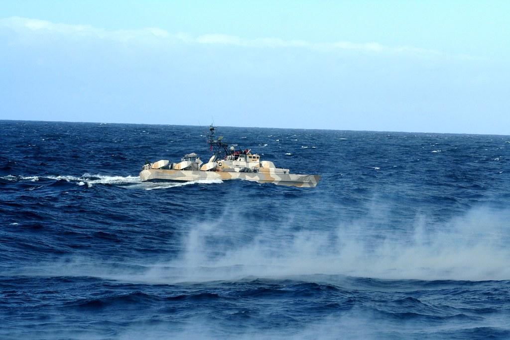 مصر تعزز سلاحها البحري بسبع قطع من النرويج. - صفحة 2 4723637823_7e7e9288ca_b