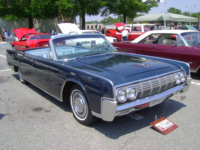 1964 lincoln continental convertible flickr photo sharing. Black Bedroom Furniture Sets. Home Design Ideas