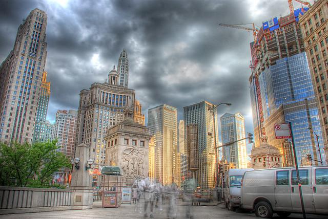 Chicago skyline from Pioneer Court