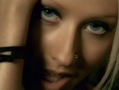 Movistar Arena - ¿Encuesta cual es el Mejor Video Clip de la Historia? Beautiful - Christina Aguilera 1223511253_64ad8edf12