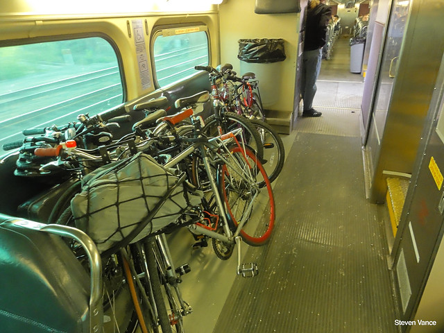 Metra bike storage